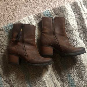 BORN Women's Western Style Boots